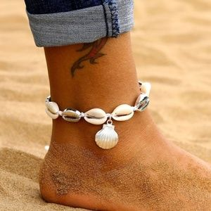 5 for $25 Silver Color Sea Shell Statement Anklet
